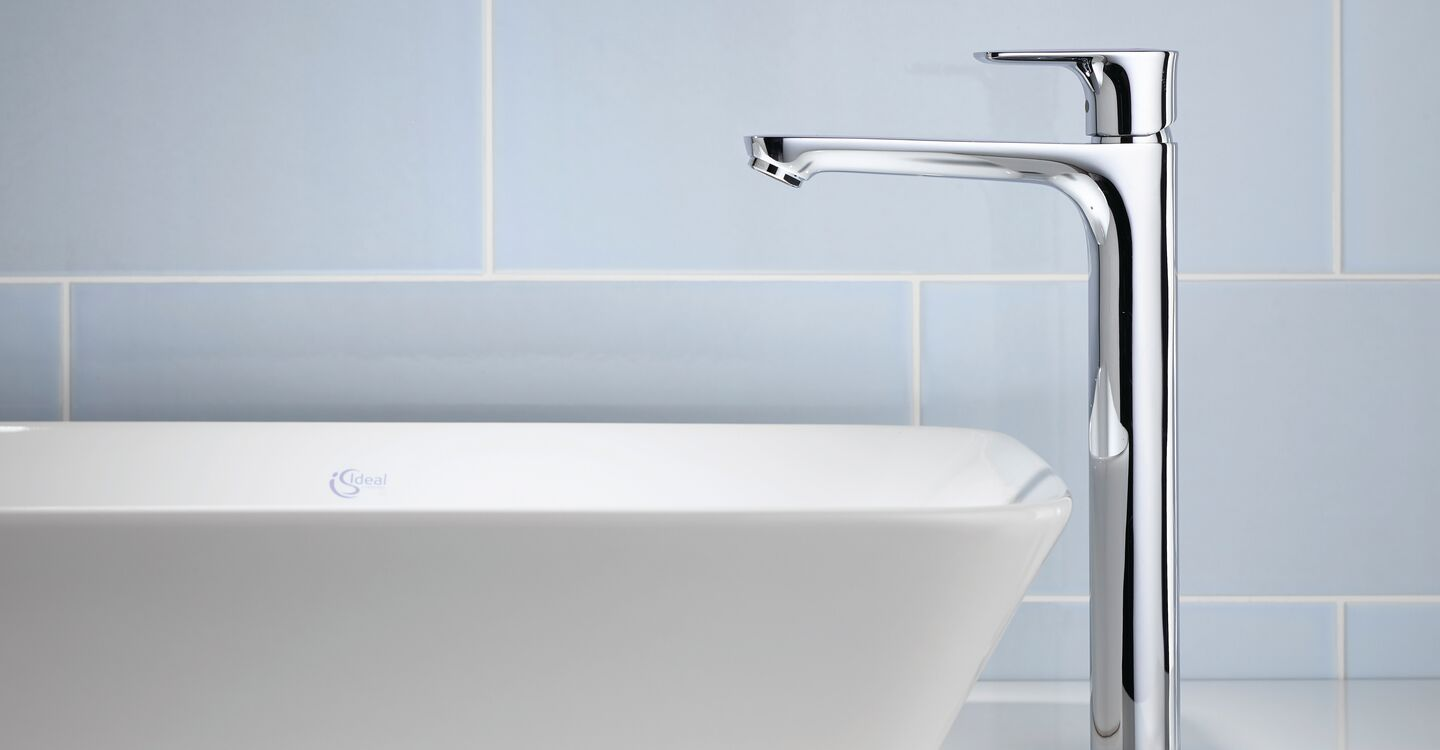 Tall basin mixer no waste