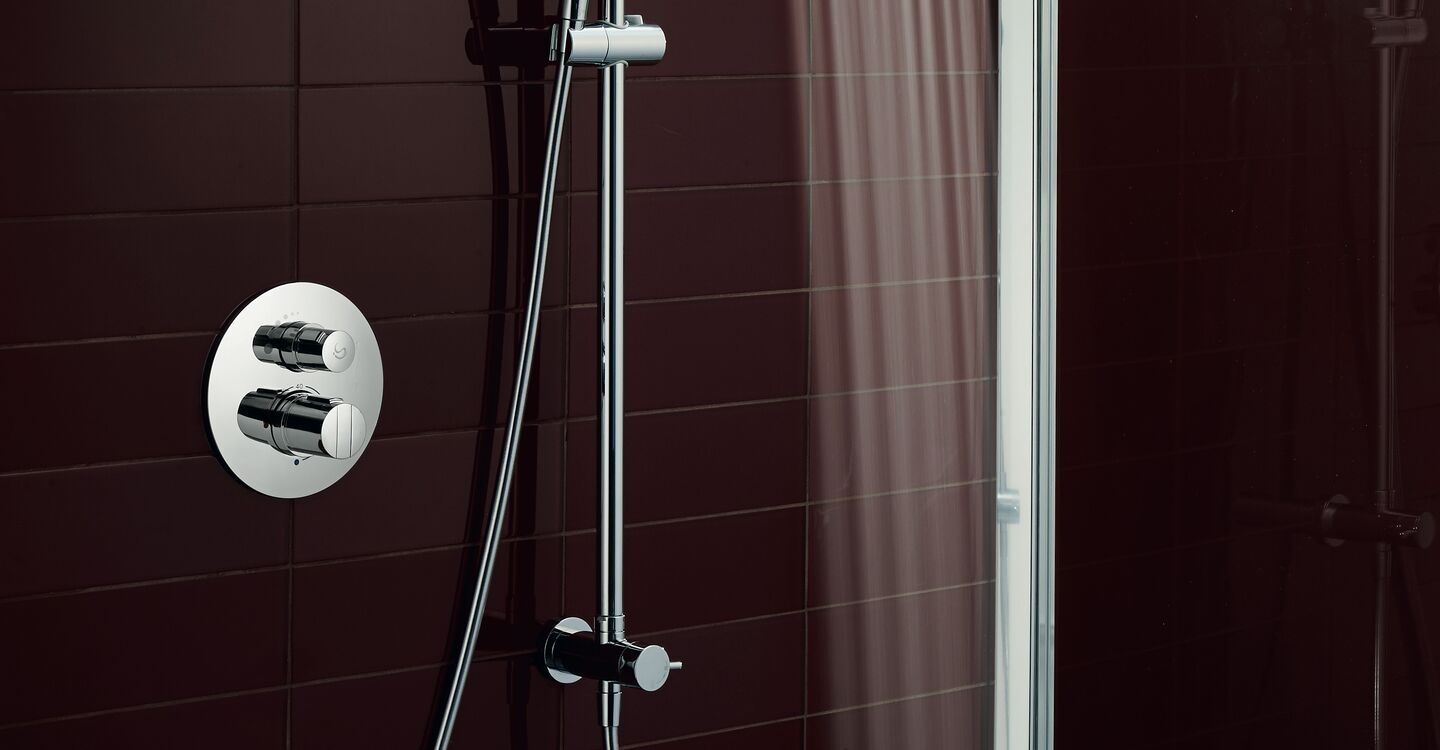 Dual shower system for exposed mixers