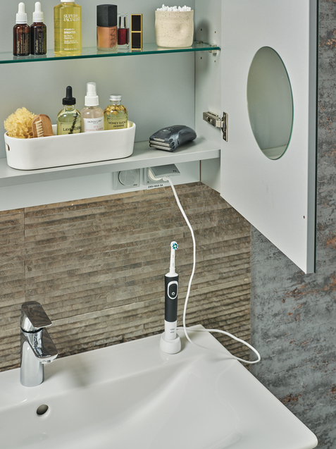 IS_ConceptAir_Multiproduct_Amb_GB_E075401;E0819PS;A7046AA;Mirror;T3591AL;Toothbrush